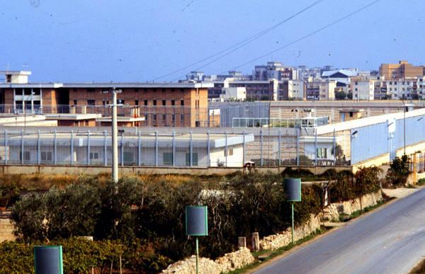 Due detenuti baresi fuggiti dal carcere di Trani