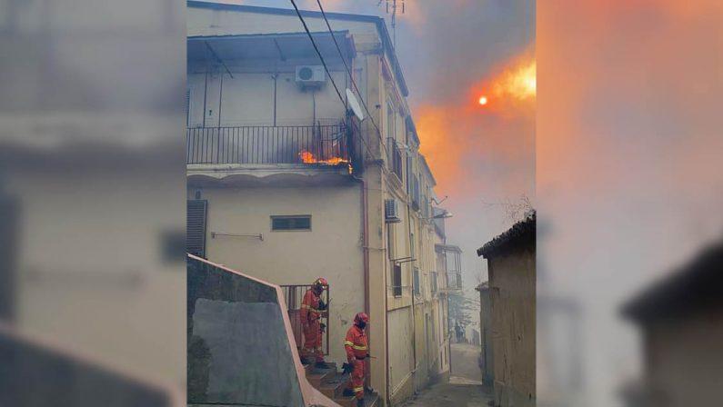 Incendi, Falcomatà: «Draghi venga in Calabria a ferragosto»