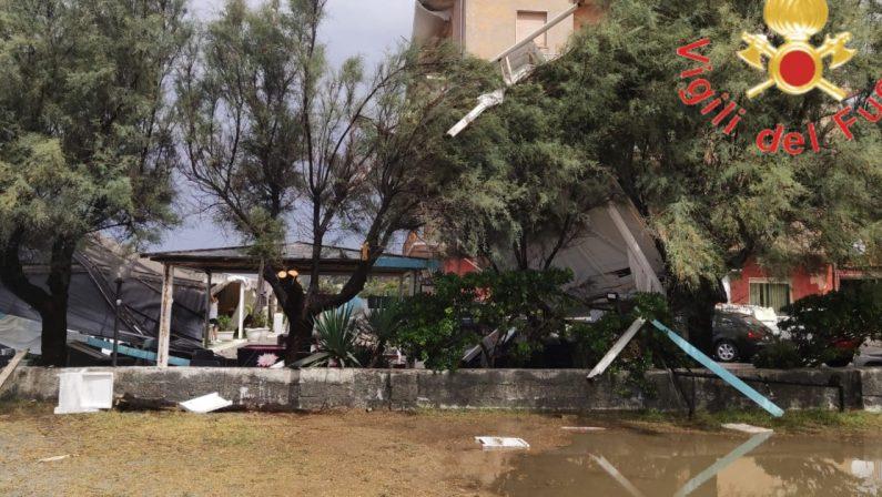 Forte temporale a Falerna, danni ai gazebo e alle vetrate di alcuni locali