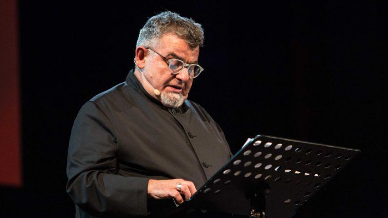 """""""Fame, mi fa fame"""": il monologo di Cauteruccio stasera a Catanzaro"""