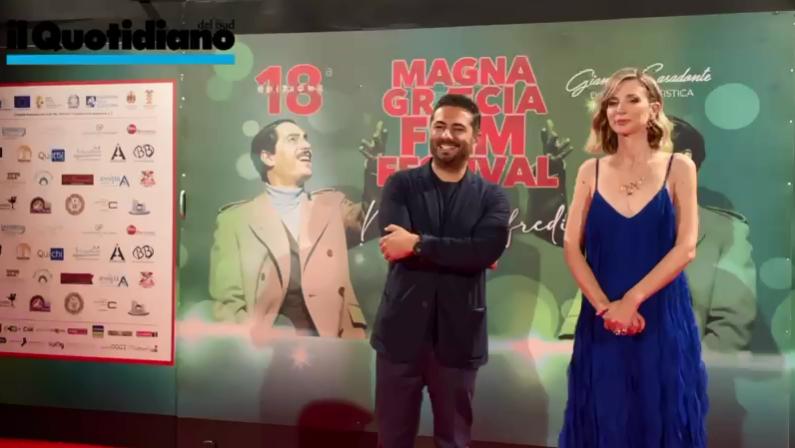 Magna Graecia Film Festival, le proteste del porto e gli omaggi nella prima serata - VIDEO