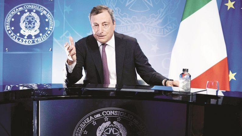 Draghi: «Un canale con Kabul anche dopo il 31 agosto». L'appello per dirottare le risorse sugli aiuti umanitari