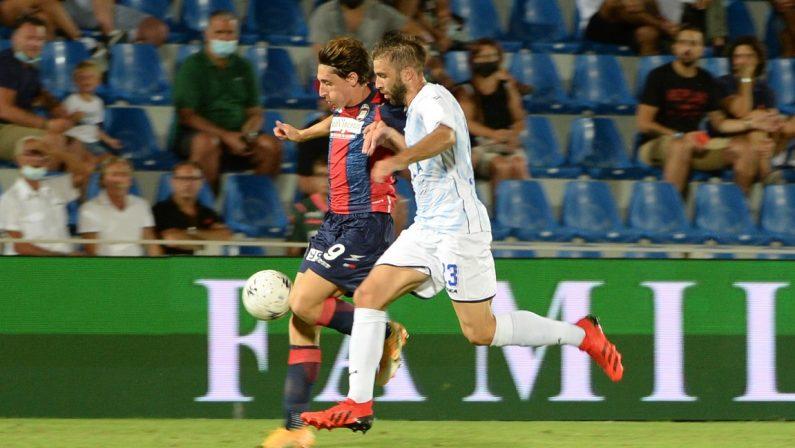 Serie B, la doppietta di Mulattieri non basta al Crotone: 2-2 con il Como