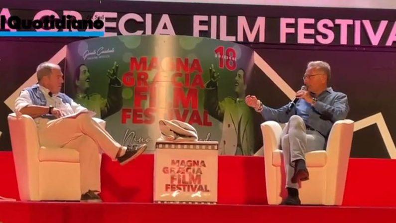 Paolo Bonolis senza filtri intervistato da Minoli al Magna Graecia Film Festival