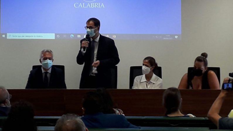 Il ministro Patuanelli annuncia: «In Calabria sarà dichiarato lo stato di calamità»