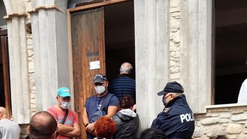 No all'ecodistretto nel Cosentino, proteste nel Consiglio comunale di Villapiana: cittadini contro
