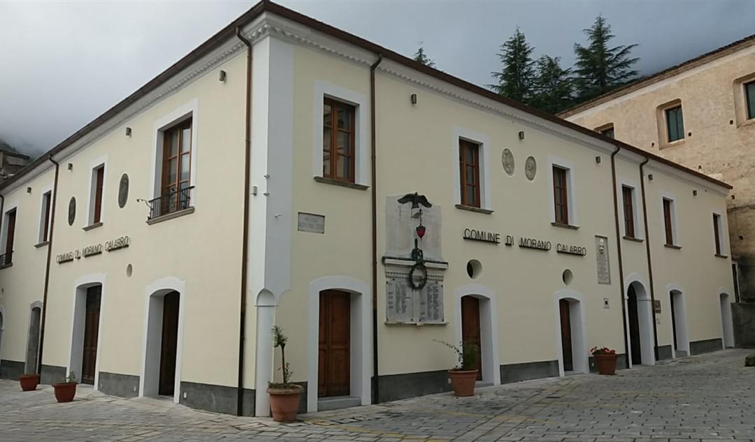 Il Municipio di Morano Calabro