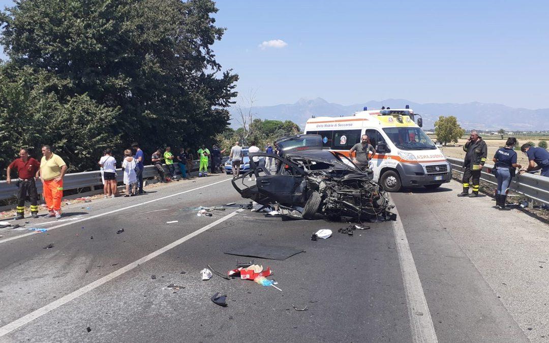 Ancora sangue sulle strade calabresi, tre morti e cinque feriti nella Sibaritide