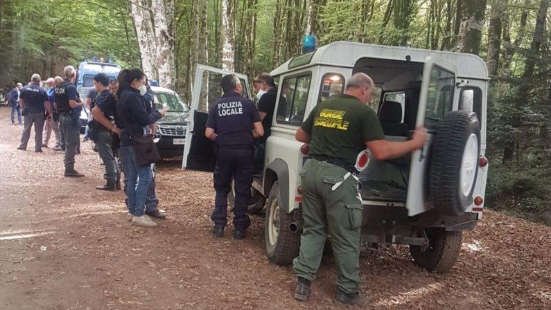 """Rave party tra i boschi delle Serre: sequestrata droga, indagini sulla """"regia"""""""