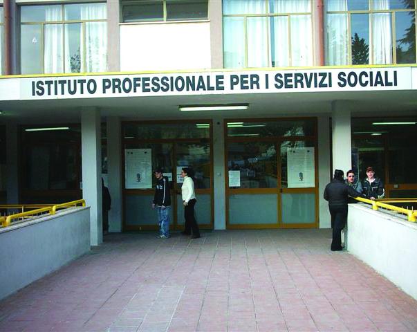 A Matera due scuole ancora in bilico