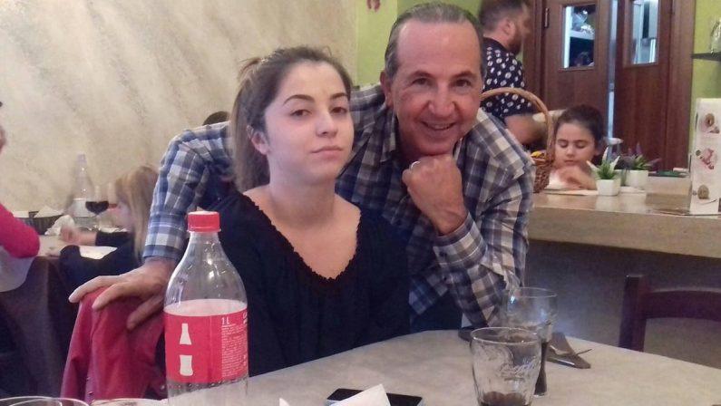 Tragedia di Simona Cavallaro, il padre: «Sono stato in quella pineta, c'erano i cani»
