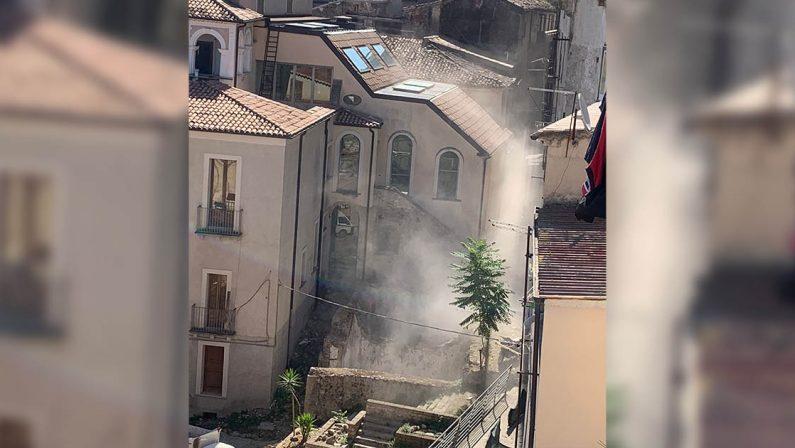Ancora crolli nel centro storico di Cosenza, paura tra i residenti