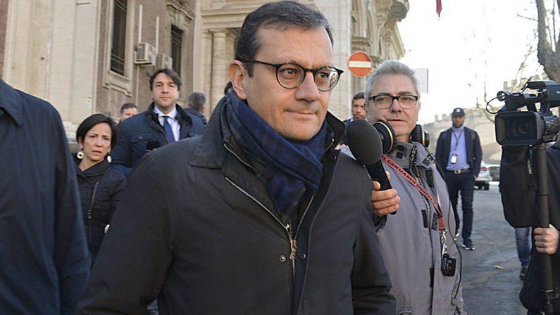 Ex Ilva, arresto ai domiciliari per l'ex commissario straordinario Enrico Laghi