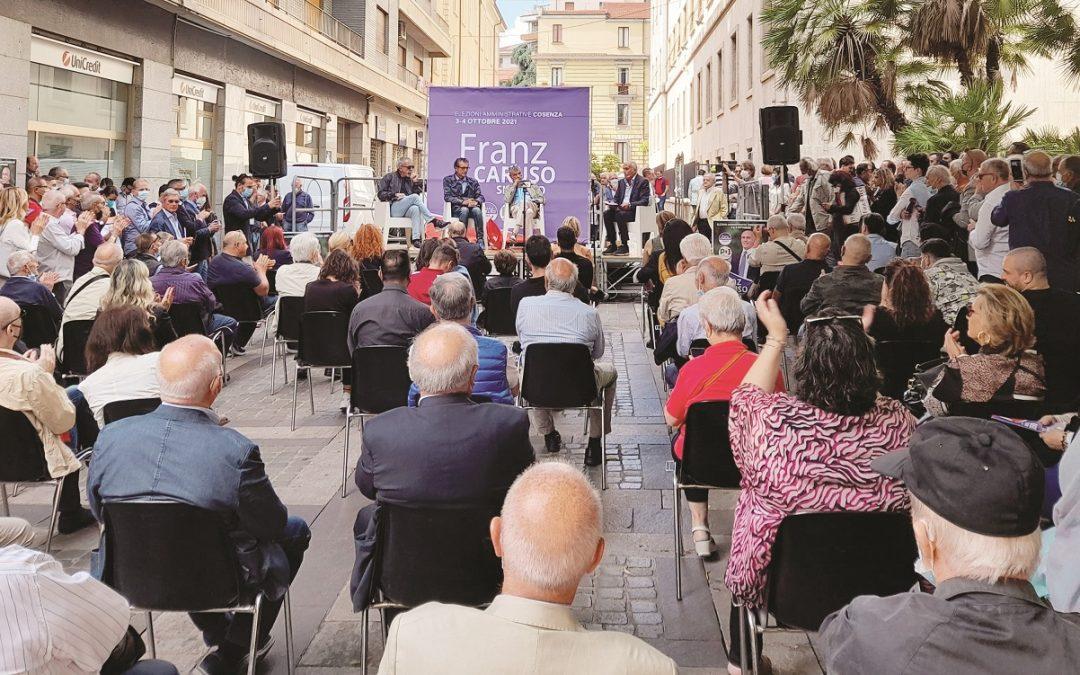 La manifestazione di Franz Caruso
