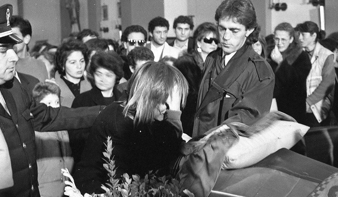 Isabella Internò e Renzo Castagnini ai funerali di Denis Bergamini