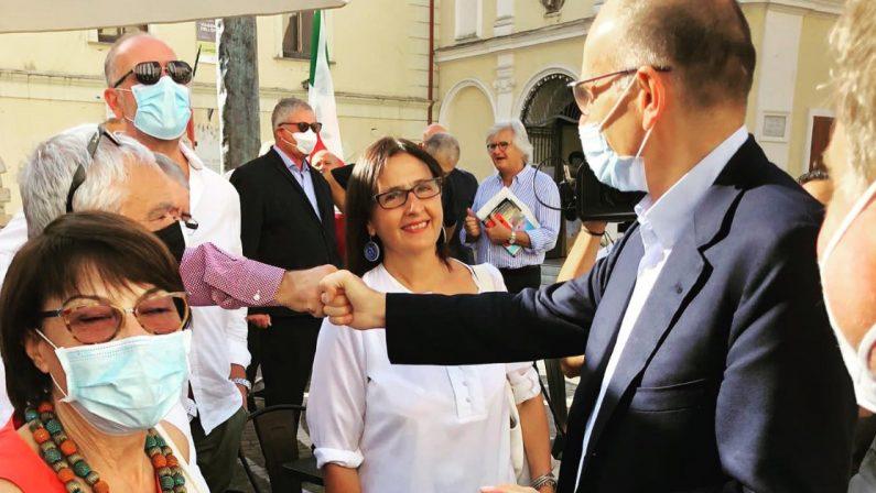 Tour di Letta in Calabria: «Amalia Bruni sarà una svolta per questa regione»