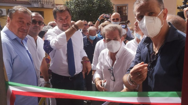 Elezioni regionali, Salvini in Calabria: dalla difesa di Spirlì ai voti della 'ndrangheta: «Vogliamo rispetto»
