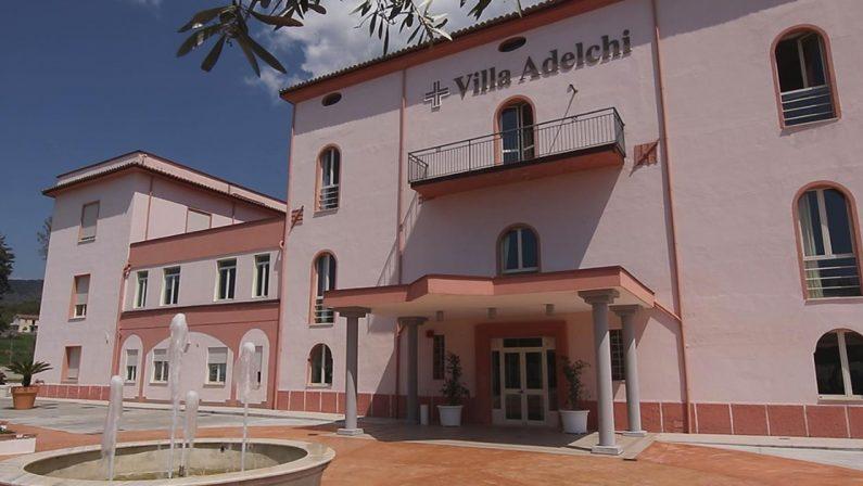 """Focolaio covid nella rsa """"Villa Adelchi"""": creato un reparto coronavirus. Solo in due trasferiti all'ospedale"""