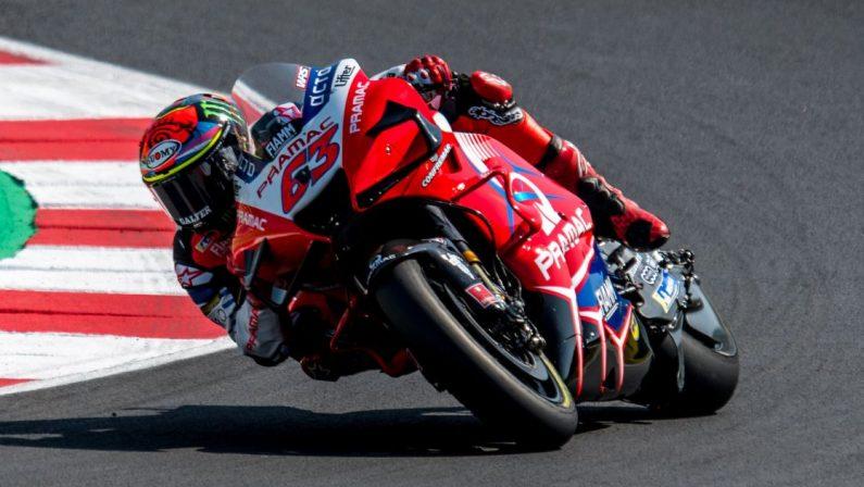 Motomondiale, doppietta Ducati a Misano, pole Bagnaia davanti a Miller