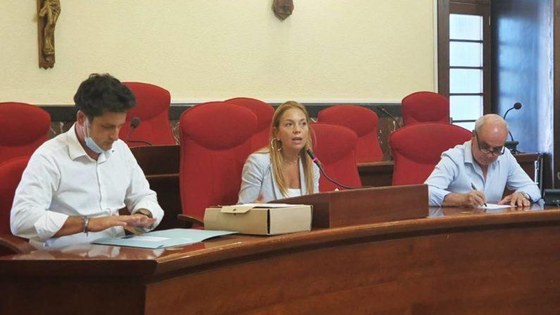 Mare sporco tra Bivona e Vibo Marina, l'assessore Bruni: «Non c'è stato inquinamento»