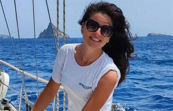 Hostess morta nel rogo in barca - Ipotesi di omicidio colposo
