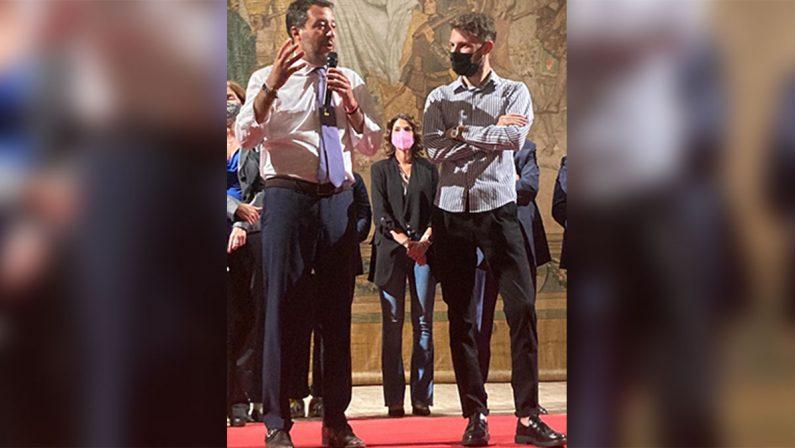 L'abbraccio di Matteo Salvini a Mattia Lanzino a Cosenza. I retroscena di una candidatura