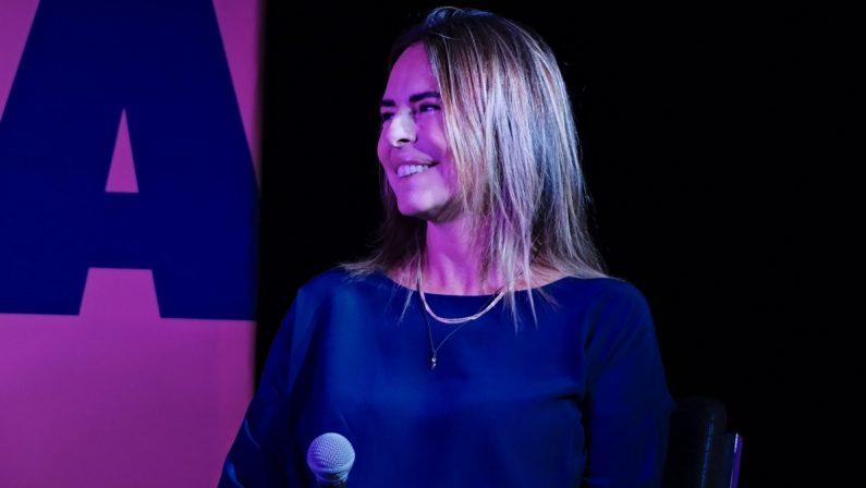 Paola Perego a Vibo parla dei suoi attacchi di panico