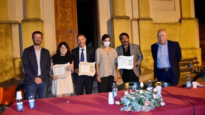 Premio Il telaio, a Rombiolo insigniti il procuratore Falvo e lo scrittore Dara