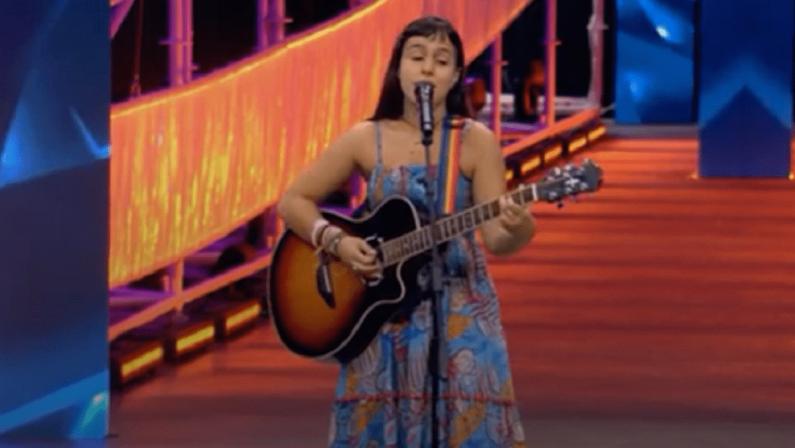 X Factor 2021, la cosentina Raffaella Scagliola incanta subito i giudici