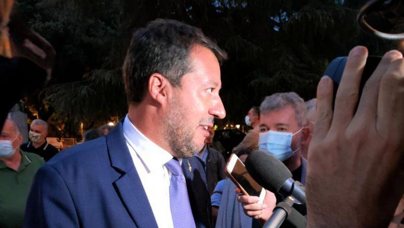 Lotta alla 'ndrangheta, Salvini replica a de Magistris: «Parlano i fatti, dalla sinistra solo chiacchiere»