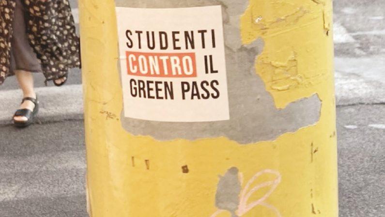 C'è chi dice no: studenti universitari contro il Green Pass