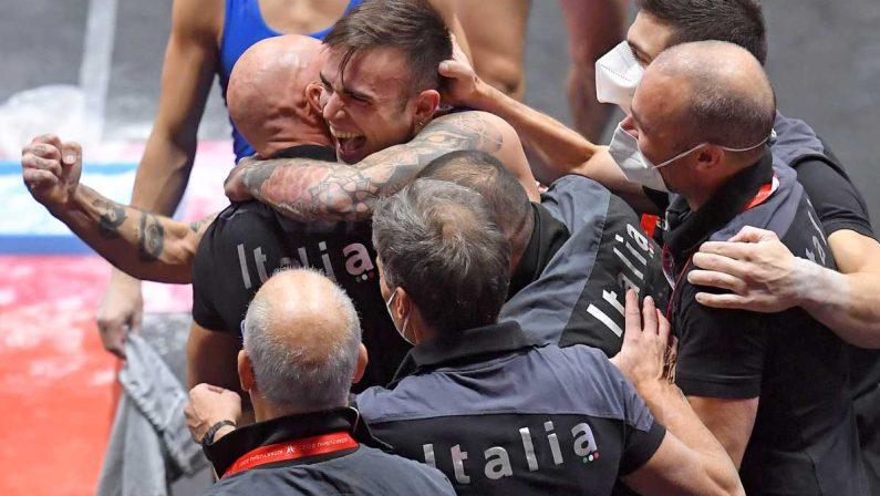 Mondiali di ginnastica artistica, Bartolini medaglia d'oro nel corpo libero