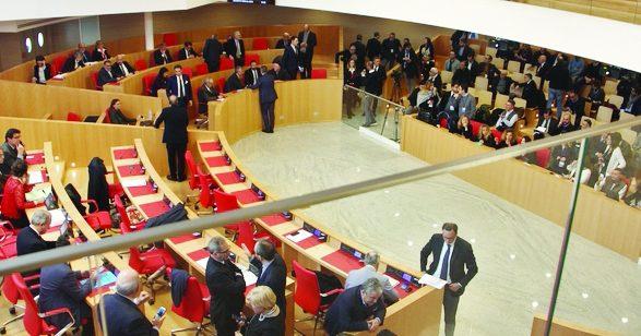 Debiti fuori bilancio della Regione Puglia, ascoltato in commissione consiliare il presidente del Collegio dei revisori