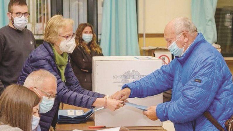 """Il fattore """"D"""" nelle urne: vince il Pd, male Salvini e Meloni"""