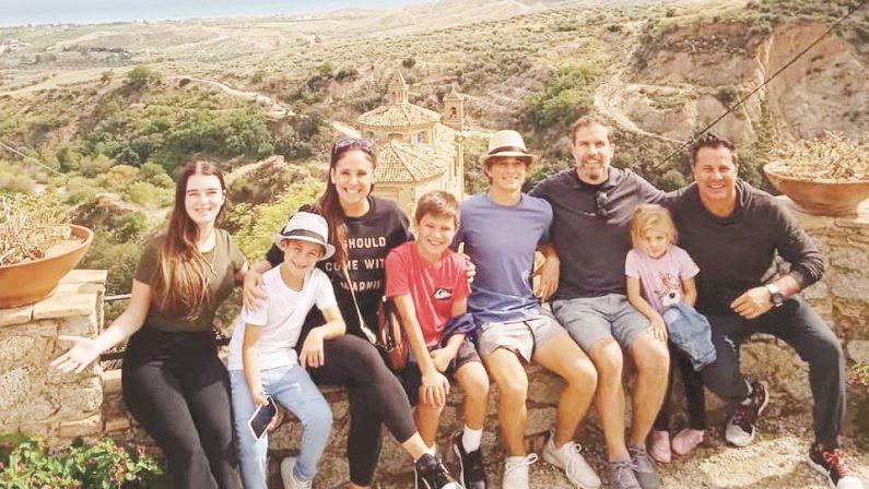 Calabresi nel mondo, due famiglie americane tornano a Badolato alla riscoperta delle loro radici
