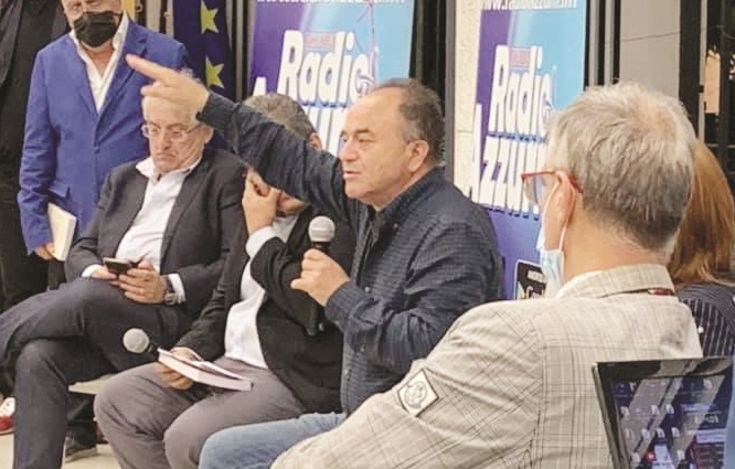 Gratteri e Renzi a Diamante, dibattiti al peperoncino: il procuratore e gli eccessi di democrazia