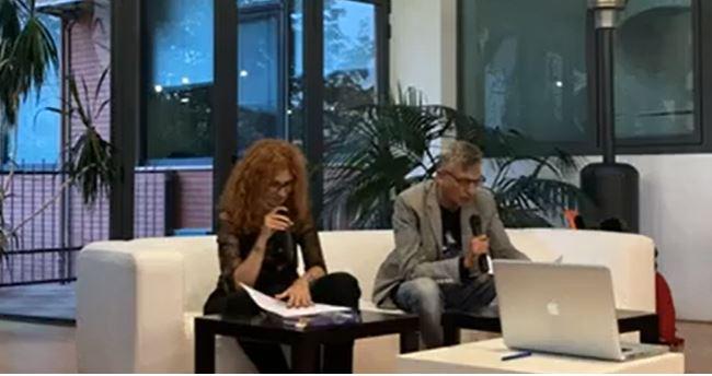 VIDEO – Ricordando Jo Pinter, la commemorazione dalla Terrazza Pellegrini di Cosenza