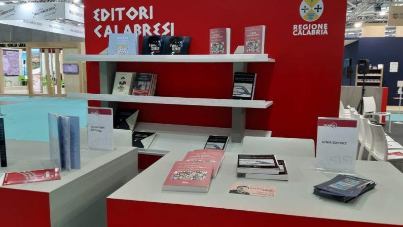 Che desolazione allo stand della Regione Calabria alla Fiera del Libro di Torino