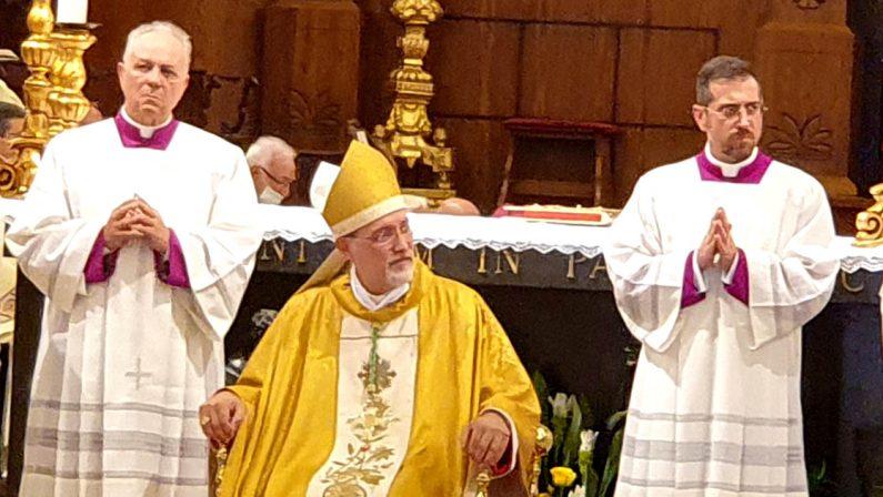 Mileto, si insedia il vescovo Nostro: «La chiesa di Calabria riguadagni una mentalità nuova»