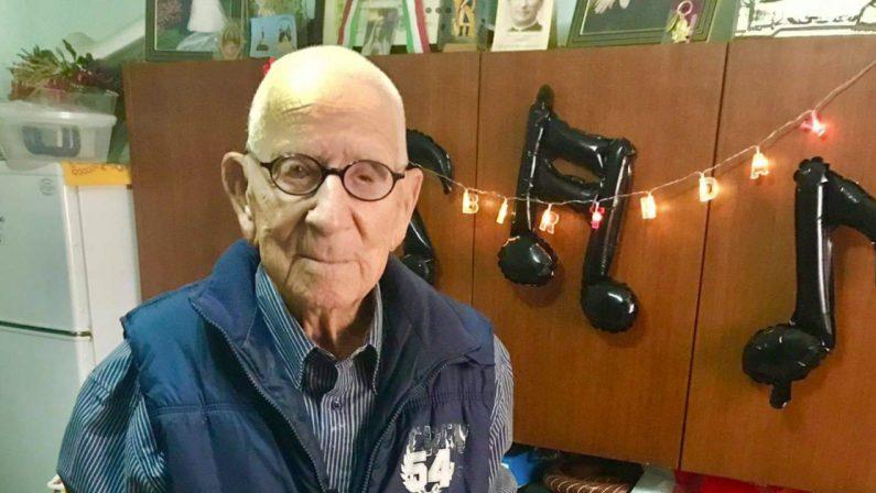 Nonno Vincenzo Nardi compie 109 anni: la serenità come modello di vita