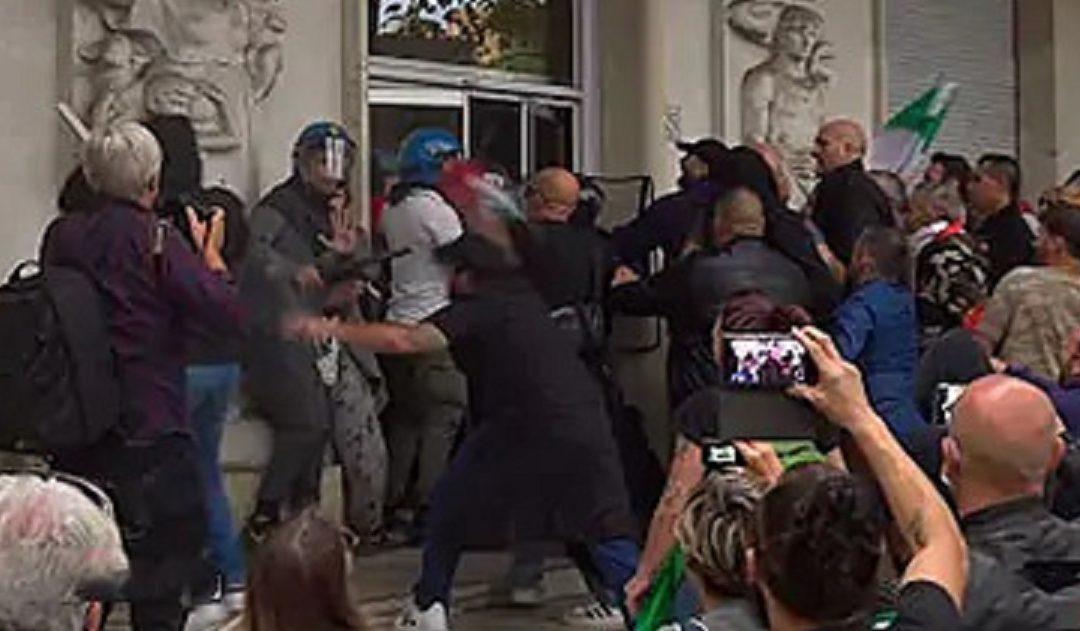 L'aggressione alla sede nazionale della Cgil