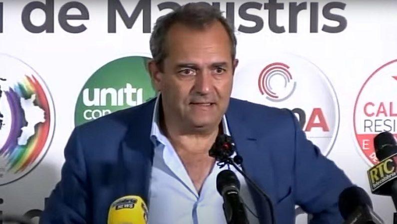 De Magistris: «Calabria non ha voluto svoltare, mi prendo una pausa»