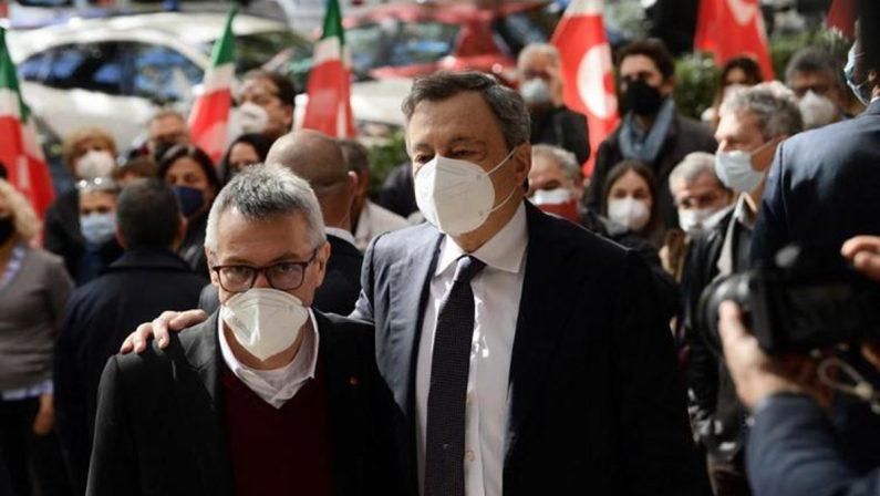 Assalto alla sede della Cgil, il premier Draghi incontra il segretario Landini