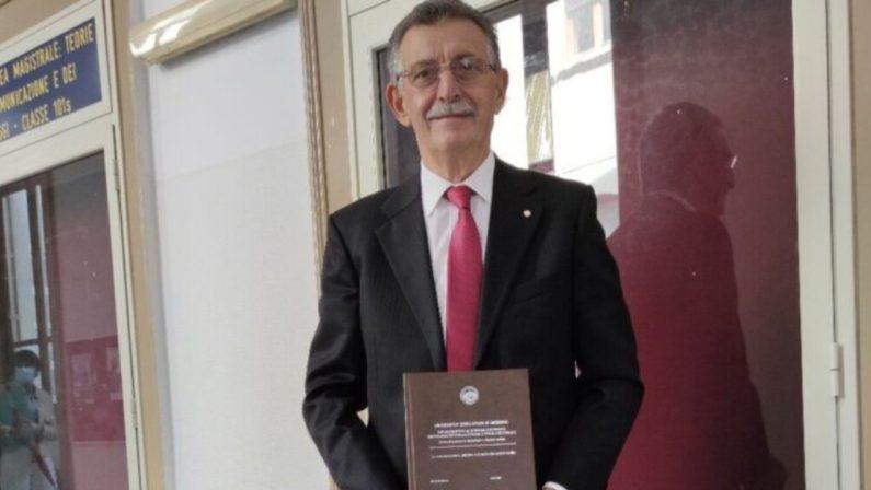 Reggio Calabria, storia di Gennaro che a 71 anni consegue la sua sesta laurea